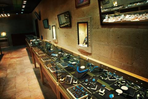jewelry store in Africa